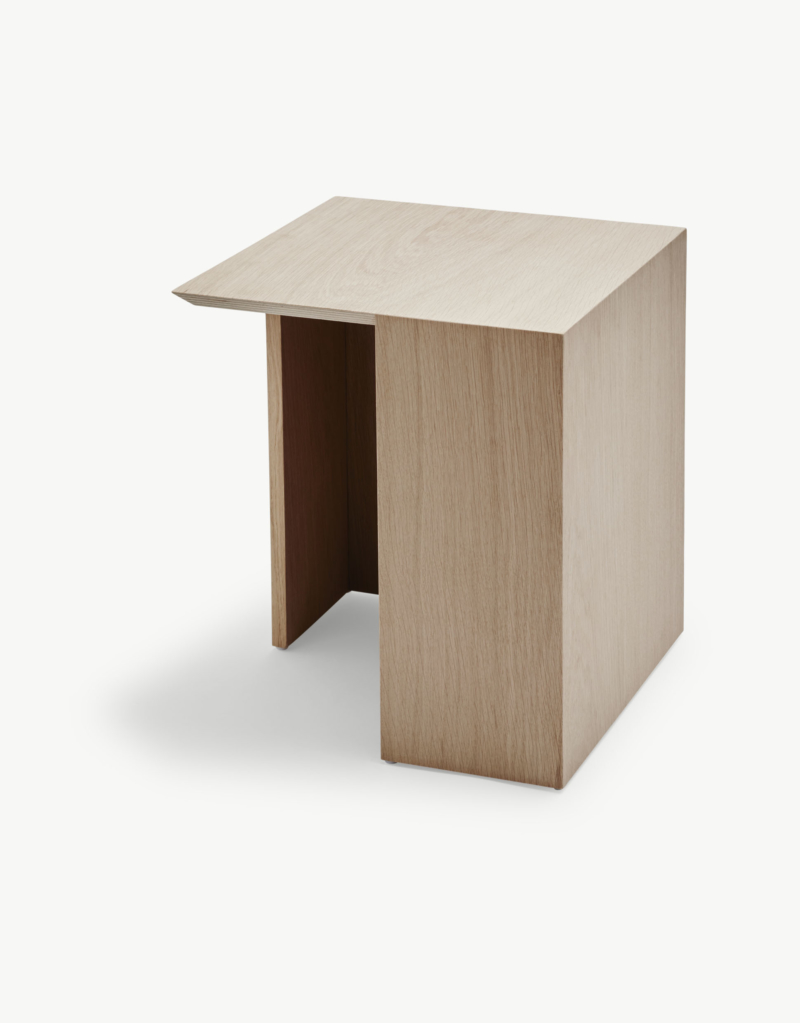 1490000_Building_Table_34_5x34_5__Oak_web