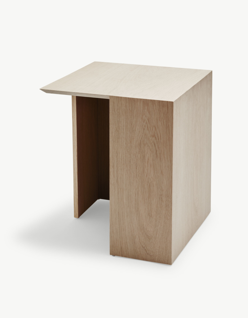 1490003_Building_Table_40x40__Oak_web