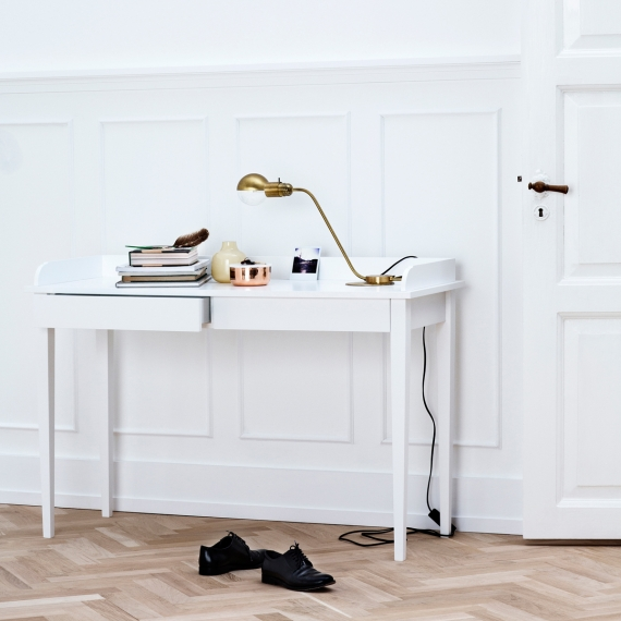 091012-Console_table_a1